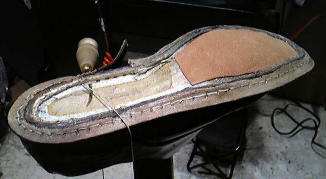 靴修理 グッドイヤー すくい縫い