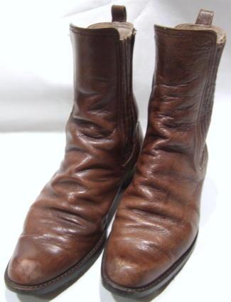靴クリーニング:ハーフブーツキズ